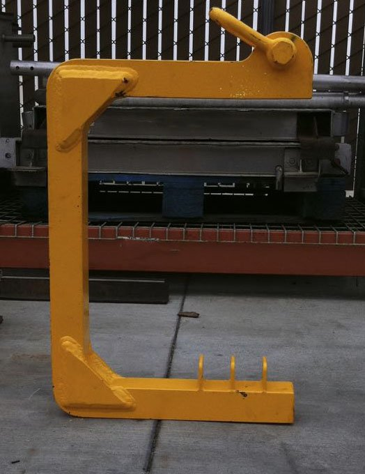 Railroad Coupler Removal Tool